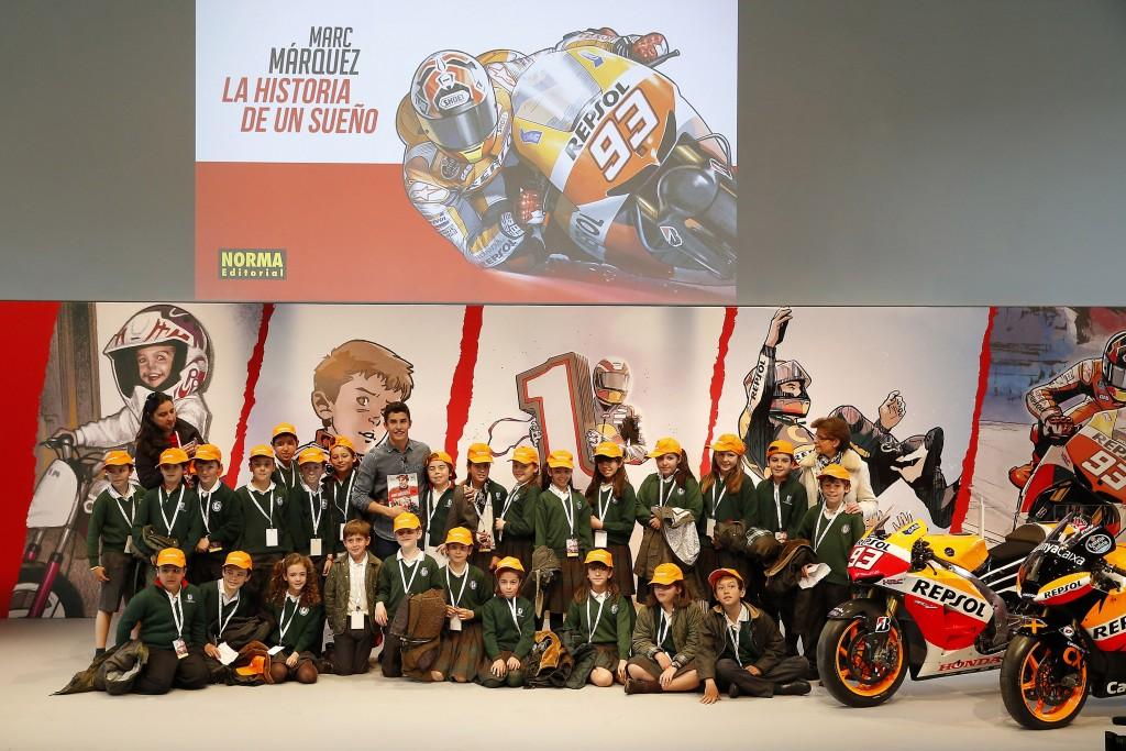 Presentación comic oficial Marc Márquez, sede REPSOL 14 de abril de 2016